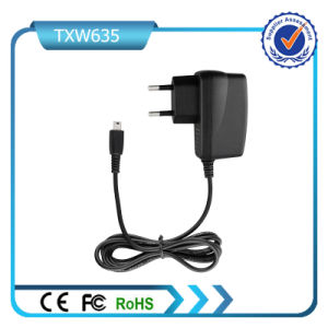 5V 500mA Output Mini USB Connector Wall Charger for Motorola pictures & photos