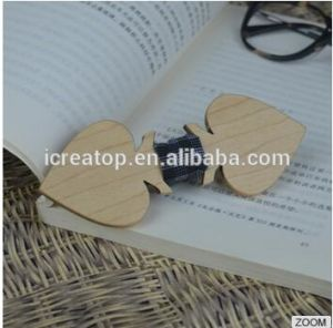 Natural Different Wood Materia Handmade Heart Wood Bowtie for Men′s Suit or Children with Engraved Logo