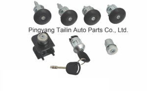 Popular Exported Lock Set for Ford Transit 2000-2012 pictures & photos