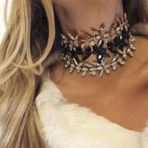 Fashion Rhinestone Crystal Multi Layer PU Leather Choker Necklace Jewelry pictures & photos