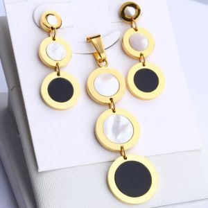 Fashion Long Round Stainless Steel Jewelry Sets with Shell pictures & photos