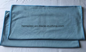 Microfiber Towel/Cleaning Towel/ Glass Cloth pictures & photos