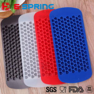 Eco-Friendly Easy Push Ice Cube Tray Loving Heart Shape Silicone Ice Cube Mold pictures & photos