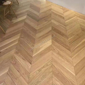 Herringbone Hardwood Flooring/Fishbone Oak Wood Parquet/Oak Parquet Flooring pictures & photos