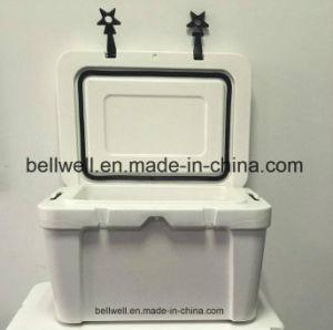 25L, 45L, 65L Echo-Friendly Cooler Box Rotational Molding Cooler Box pictures & photos