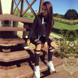 2017 Fashion Sports Suit for Woman, Lady Running Clothing pictures & photos