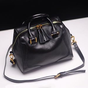 Genuine Leather Handbag Elegant Women Tote Shoulder Bag with Tassel Puller Emg5006 pictures & photos