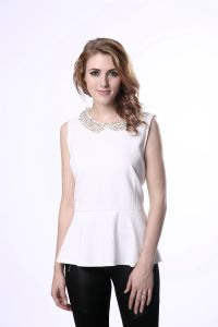 Women′s Beaded Doll Collar Blouse Slim Sleeveless Blouse pictures & photos