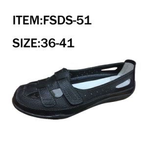 Black Comfortable Leather Sandals Fashion Shoes pictures & photos