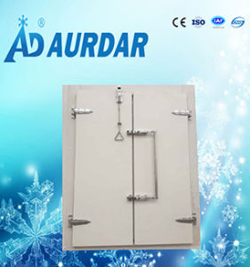 Cold Storage Room Sliding Door with Handles in Lowest Price pictures & photos