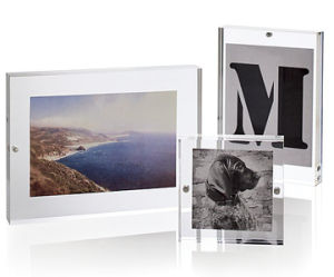 Newest Design Clear Picture Acrylic Frames 8X10 with Magnet pictures & photos