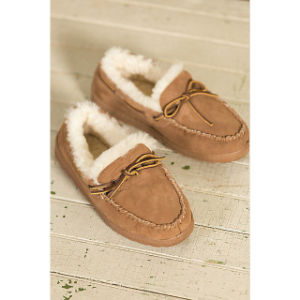 Men′s Leather Sheepskin Moccasin Slippers pictures & photos