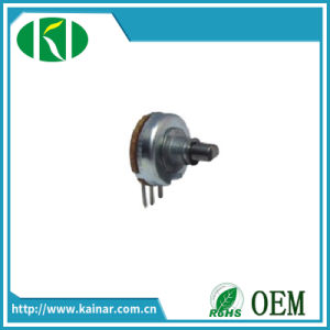 Wh13-2 Carbon Rotary Potentiometer with 3 Pins pictures & photos