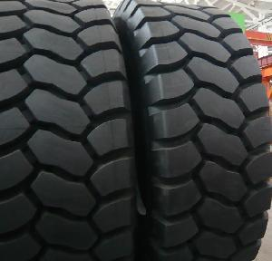 OTR Tyre 20.5r25 23.5r25 26.5r25 29.5r25 Wheel Loader Tire Dump Truck Tire pictures & photos