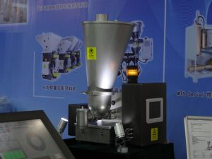 Gravimetric Powder Dosing Feeder for Plastic Material Handling pictures & photos