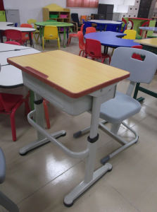 Adjustable Modern School Desk and Chair (SF-26S) pictures & photos