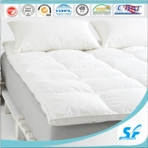 White Down and Feather Hotel Protector Mattress/Mattress Protector/Mattress pictures & photos