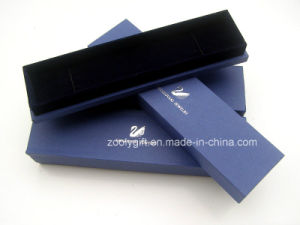 Special Paper Jewelry Necklace Box with Silver Hot Stamped Logo pictures & photos
