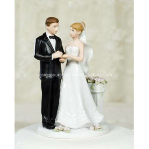 Rose Garden Couple Figurine Wedding Cake Topper for Cake Decoration pictures & photos