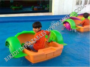 Kids and Adults Hand Paddle Boat/Pedal Boat, Water Toys Engineering Plastic Paddle Wheel Boat D4004 pictures & photos