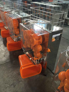Commercial Orange Squeezer for Making Orange Juice (GRT-2000E-2) pictures & photos