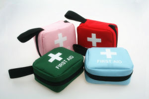 Optional Medical Supplies Handle Bag First Aid TUV Approved pictures & photos