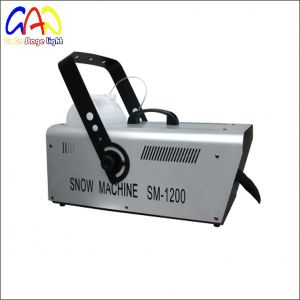 Wholesale 1200W/1500W DJ Fog Snow Machine for Promotion pictures & photos