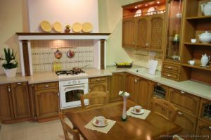 Olive Color Kitchen Cabinet (O7) pictures & photos