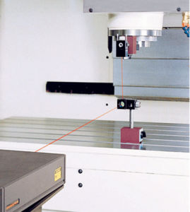 (VMC850) Machine Tool CNC Machining Center in Mechanical Milling Machine pictures & photos