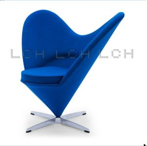 Modern Heart Shape Fabric Chair for Living Room