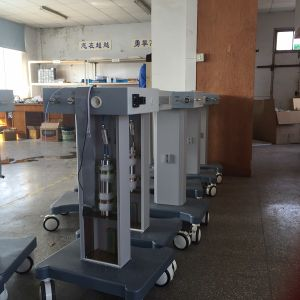Hot Sale HV-400A Hospital Ventilator Price pictures & photos