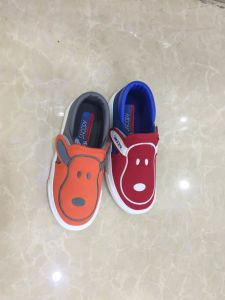 New Style Vulcanized Rubber Outsole Lace up Boy′s and Girl′s Kids Canvas Shoes pictures & photos