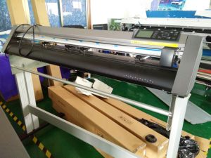 Graphtec Ce6000 Vinyl Cutter Plotter for Cutting Machine pictures & photos