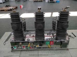 Zw32-12 Outdoor Vacuum Circuit Breaker pictures & photos
