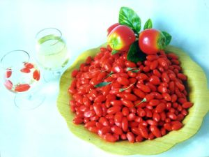 Sunshine Super Fruit Dried Goji Berries-280 Grains/380grains/580grains/680grains pictures & photos