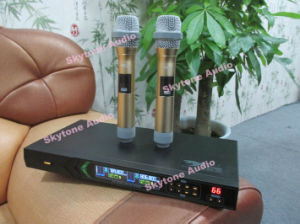 Dx38 UHF Frequency Dual Handheld Wireless Microphone pictures & photos