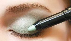 Newest Fashionable Shimmer Glitter Mineral Eye Shadow Pencil pictures & photos