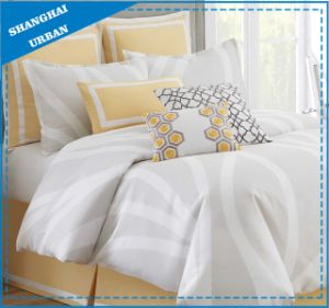 Modern Light Gray Design Microfiber Comforter Bedding Set pictures & photos