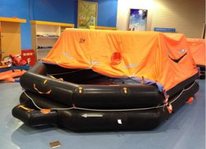 Throw Overboard Inflatable Life Raft for Marine Lifesaing pictures & photos