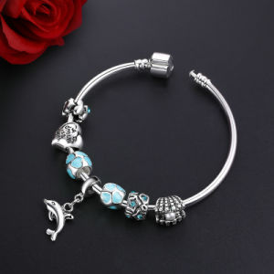 Trendy Pendant Bracelet Women & Blue Beads Heart Charm Cute Dolphin Bangles pictures & photos