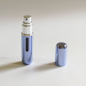 5ml Aluminum Perfume Spray Atomizer with Window on Casing (PPC-AT-1702) pictures & photos