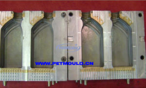 PE Bottle Blowing Mould (COSMETIC) pictures & photos