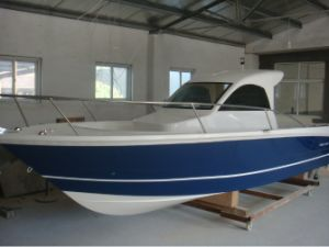 27FT / 8.3m Fiberglass Cabin Fishing Boat pictures & photos
