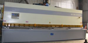 CNC Shearing Machine Which Export to European pictures & photos