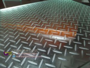 Textured Non-Slip Glass for Floor and Stairs pictures & photos