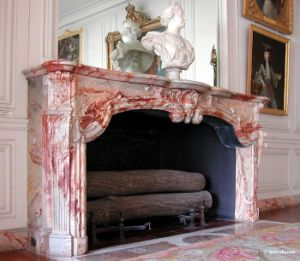 Marble Carved Stone Fireplaces Mantel pictures & photos
