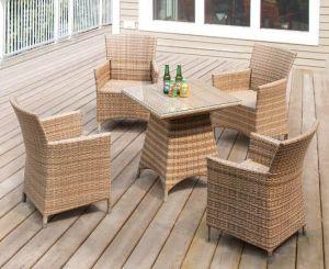 Garden Furniture (MO 070)