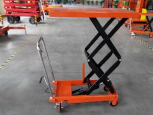Scissor Lift Platform Height 1300mm pictures & photos