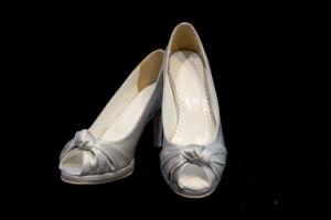 Women Shoes (E-026)