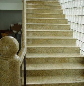2016 Hot Selling Best Price Stone Granite Stair (G682) pictures & photos